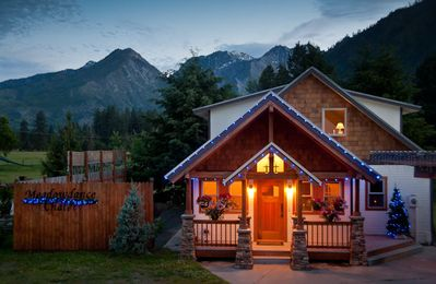 Photo for Beautiful Custom Home With Stunning Views Of The Enchantments & Sleeping Lady