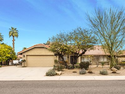 Great Location, Quiet, Beautiful and Comfortable Scottsdale Retreat