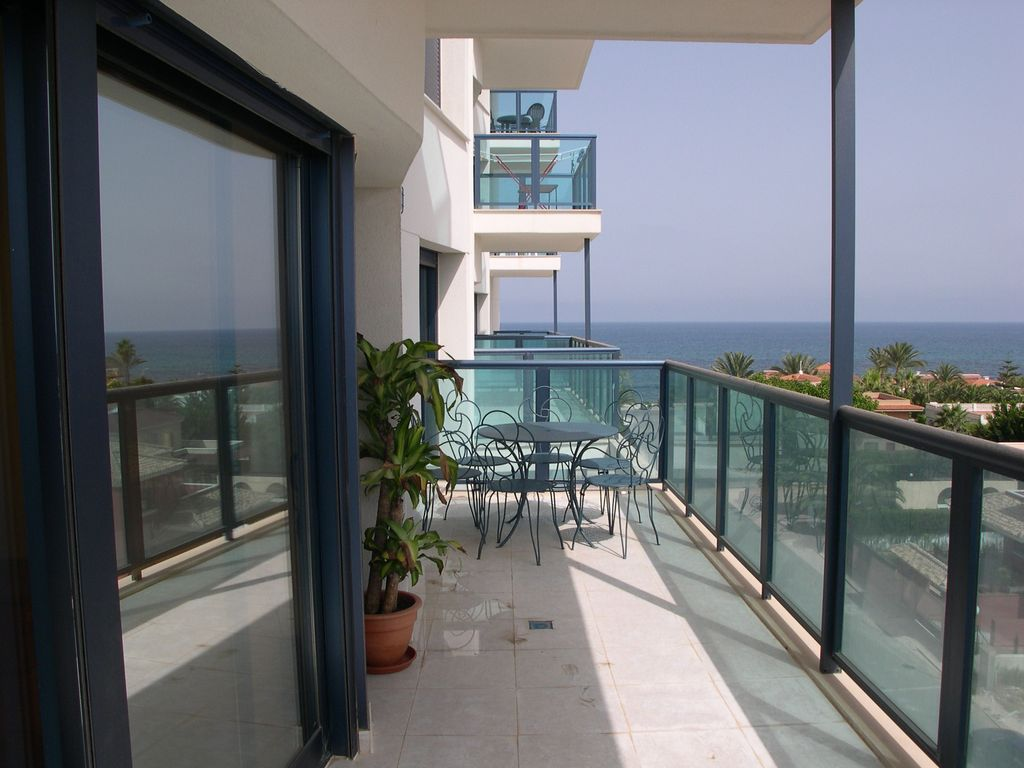 Property Image#16 Exclusive Luxury Apartment On Millionaireu0027s Row With Beautiful  Sea View