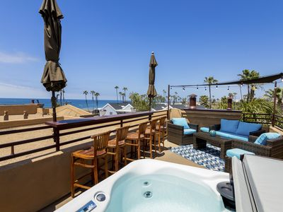 Roof Top Deck Spectacular Ocean View  Private Jacuzzi Air Conditioned
