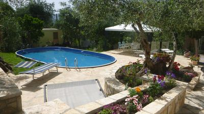 Photo for Rest in cozy 3 Z.  Apartment with sep. Seating under olive trees