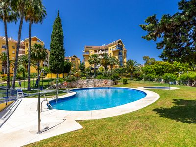 """Photo for Air-Conditioned Apartment """"Parque de la Paloma"""" with Pool, Terrace & Wi-Fi; Parking Available"""