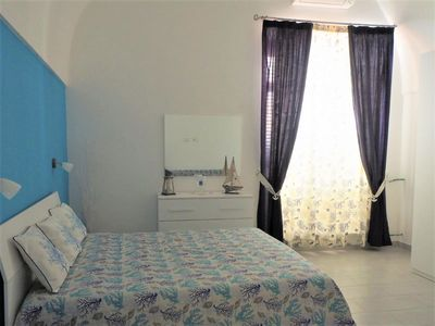 Photo for Holiday home in Meta di Sorrento just a few steps from the sea. Near Sorrento peninsula