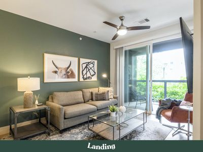 Photo for South Lamar Luxury Apartment