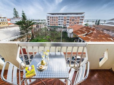 Photo for Riverview 3 bedroom apartment in center of Portimao (Wifi)