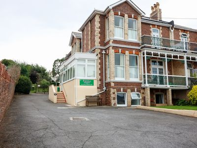 Photo for LAWNSIDE, character holiday cottage in Paignton, Ref 987961