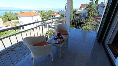 Photo for Apartment Jasna  A2(6+1)  - Malinska, Island Krk, Croatia