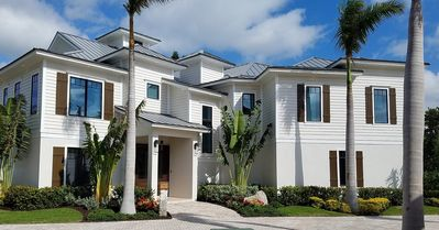 Photo for Stunning 4 bed + den + bonus room  heated pool and spa elevator Mini Putt! DIRECT BEACH ACCESS