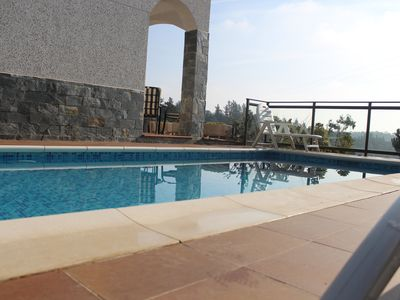 Photo for Pleasant holiday home in a quiet, sea view and mountain securissé pool