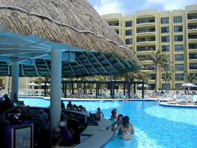 Photo for The Royal Sands Vacation Resort.   All inclusive - OR NOT***