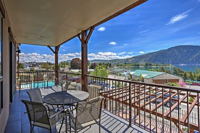 Plan your lake getaway to this tranquil 2-bedroom Manson vacation rental condo.
