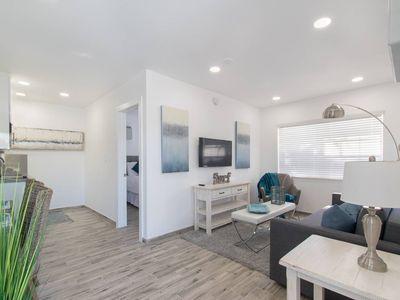 Photo for Trendy 1 BR w/Parking Space & Walk to the Beach #8