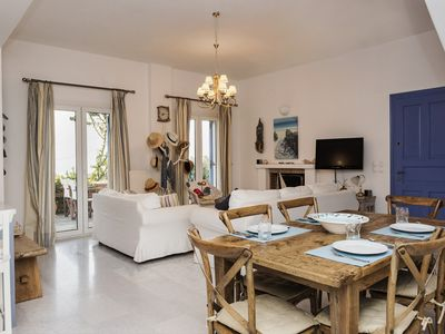 Photo for Lovely family villa with stunning sea view