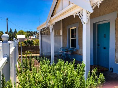 Photo for Refurbished miners cottage 5 min from Moonta Bay + free internet