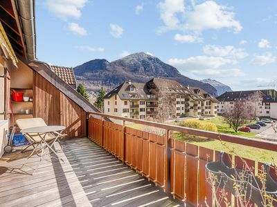Photo for Sunny duplex w/ balcony and parking 5 min from the lake in Annecy - Welkeys