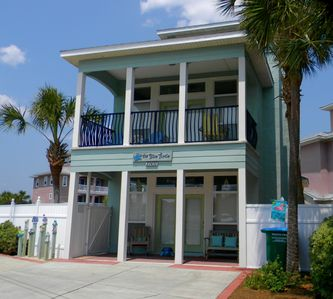 Photo for Very Special! Beautiful Pool,1 min walk to Beach,Near 30A--Blue Turtle