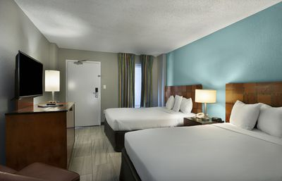 Photo for Spacious Oceanfront Suite w/ Balcony + Official On-Site Rental Privileges