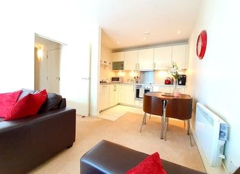 Photo for Airy 2 Bed 2 Bathroom With Balcony