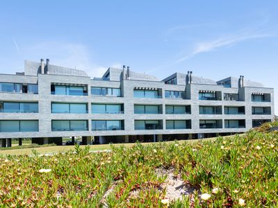 Photo for Exclusive Apartment with Swimming Pool in Apúlia Portugal