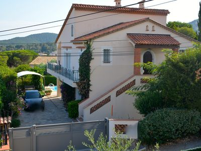 Photo for Ground floor of a villa with large terrace, very quiet street