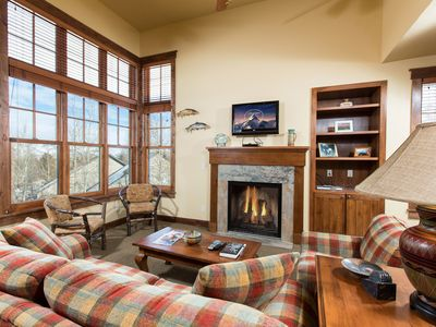 Short walk to Town Square in Jackson~Gorgeous Condo located on Snow King Mtn
