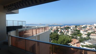 Photo for Apartment T3 with terrace of 50 m2 facing the sea