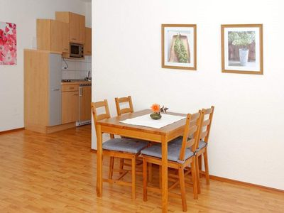 Photo for Apartment, shower, toilet, 1 bed room - Gasthof-Pension Zum Seeweiher