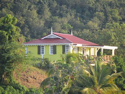 Photo for Beautiful Timber Cottage, Stunning Ocean View, Short Walk to the Beach