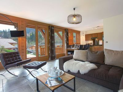 Photo for Central Morzine, Easy Access To Town And The Slopes - Apartment Jardin Des Fes