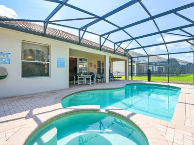 Photo for The Sunrise villa, private pool and spa , 3 miles from Disney