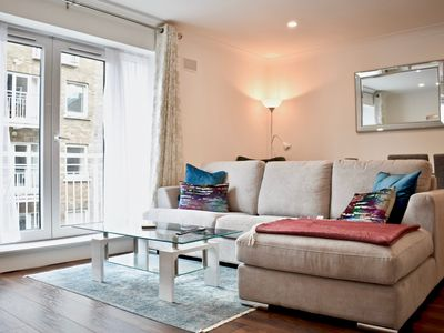 Photo for Modern 2 Bedroom Flat in Dublin - Two Bedroom Apartment, Sleeps 4