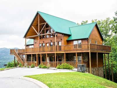 Photo for Pigeon Forge Cabin w/Spa - 50% Off Weeknight Rates