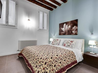 Photo for Ground floor apartment with washing machine just a few steps from Arsenale and San Marco