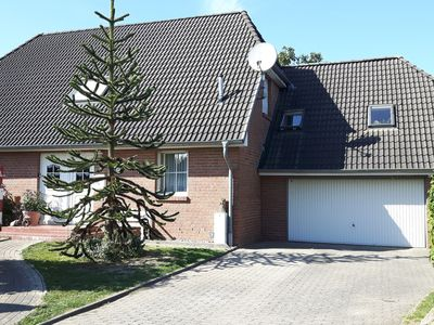 Photo for Comfortable holiday home close to the beach