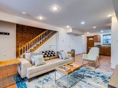 Photo for ★Modern Decor★ Perfect Location|Steps to Metro