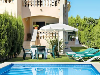 Photo for Spacious 3 bedroom villa, private pool, free Wi-Fi, A/C & terrace