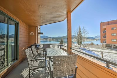 Situated right beside Lake Dillon, this home promises a rejuvenating retreat!