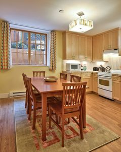 Photo for Quiet Retreat in Historic Irvington, Steps from Bustling NE Broadway