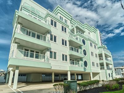 Photo for BEACH BLOCK LUXURY! OCEAN VIEWS! Rooftop POOL! Wi-Fi! 7/13! 8/3!  8/17! MEM DAY!
