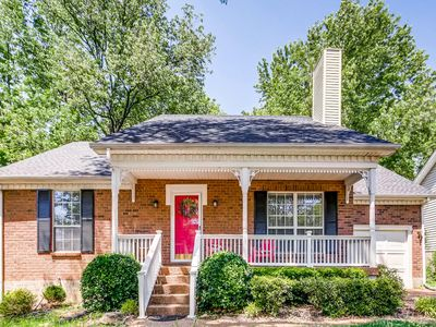 Photo for *Lovely Home, in Excellent Location.....Nashville