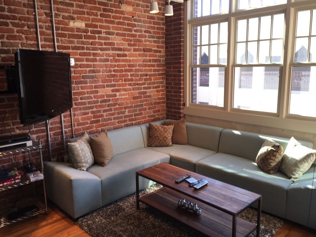 Modern Condo In The Heart Of The Action In Downtown Asheville