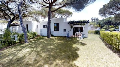 Photo for Private 3 bedroom villa next to Oceânico Old Course Golf Vilamoura
