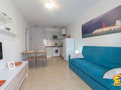 Photo for Nice apartment 5 pax located at only 115 mts. from the beach of Cambrils.
