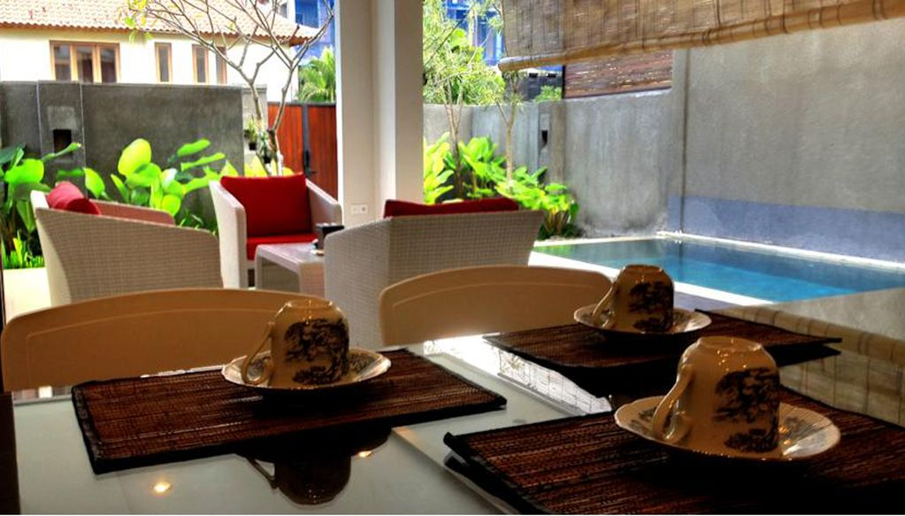 Canggu 3 BR Villa 11 min Walk to Beach