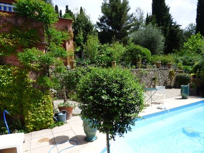 Photo for Villa with pool in a relaxing and green oasis, in Grasse