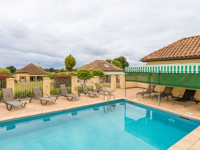 Photo for Two comfortable houses with swimming pool near Monbazillac and Bergerac.