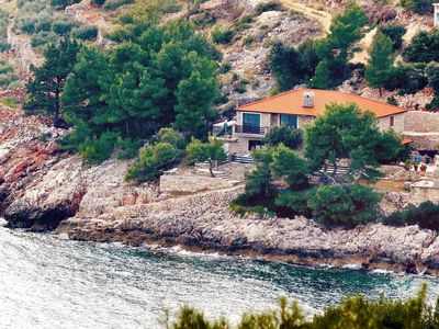 Photo for Apartment in Srhov Dolac (Hvar), capacity 6+0