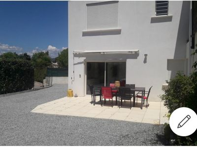 Photo for Independent housing in villa