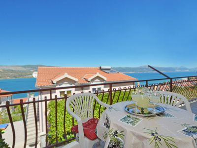 Photo for FANI apartment with 3 bedrooms in Mastrinka near TROGIR