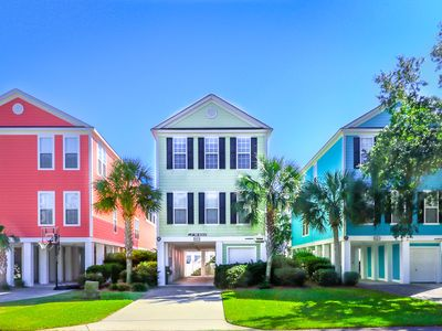Photo for **DISCOUNTED RATES** FREE LINENS! 1/2 Block to Beach w/ Private Pool